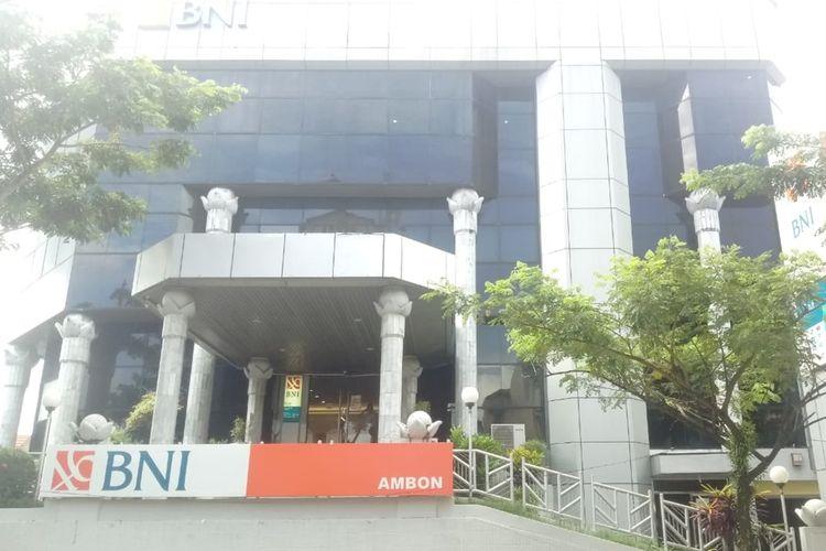 Kantor BNI Cabang Ambon di jalan Said Perintah, Kecamatan Sirimau, Ambon