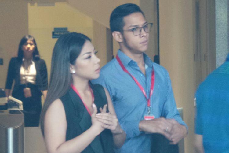 Komisi Pemberantasan Korupsi memeriksa putra dan putri mantan Ketua DPR Setya Novanto, Dwinna Michaella dan Rheza Herwindo, terkait kasus e-KTP, Rabu (28/3/2018).