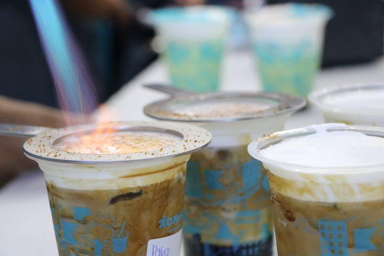Proses pembuatan crème brulee yang menjadi bagian dari Pablo Eskoba, variasi minuman kopi di KOKALI