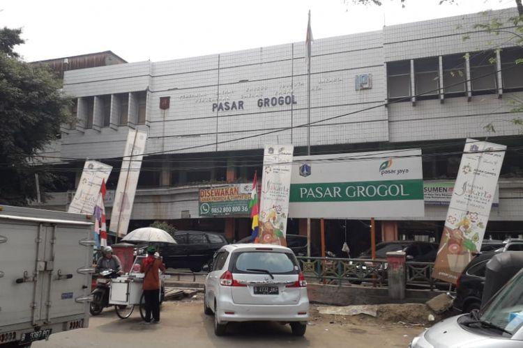 Pasar Grogol, Jalan Dr Mawardu Jaya, Jakarta Barat.