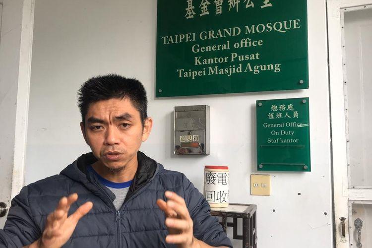 Ouyang Santo, salah satu pengurus Masjid Agung Taiwan.