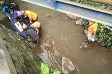 Mayat Laki-laki dengan Bekas Jeratan Ditemukan di Sungai Mbawang