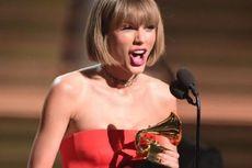 Taylor Swift Sindir Kanye West di Panggung Grammy