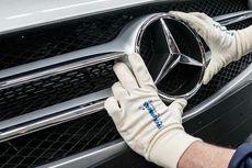 Kemensos Upayakan Hasil Lelang Rolls-Royce dan Mercedes-Benz untuk Korban Bencana