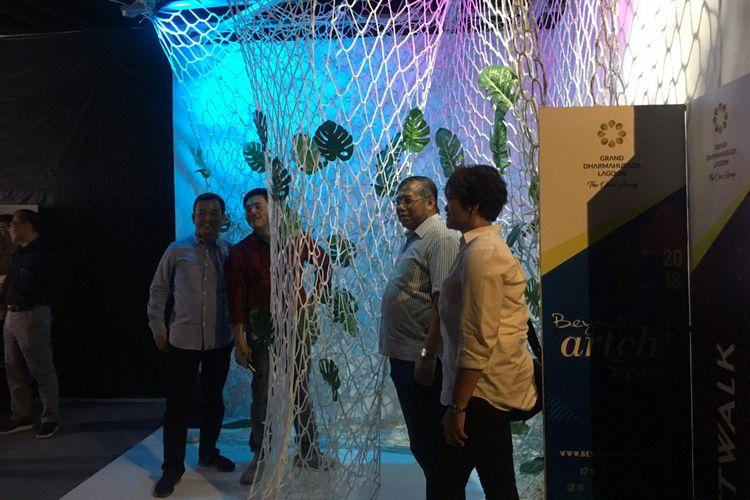 Pameran instalasi seni dan pameran arsitektural, Beyond Artch Space (BAS) 2018, digelar oleh PT PP Properti Tbk di Mal Lagoon Avenue Bekasi, Sabtu (1/12/2018).