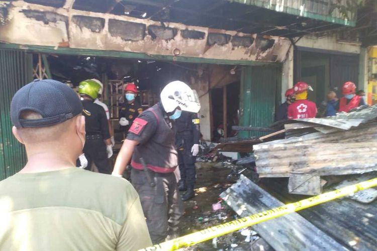 Ruko penjual produk elektronik yang terbakar di Jalan Kranggan Surabaya Minggu (30/8/2020).