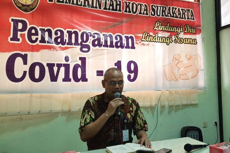 Ketua Gugus Tugas (Gugas) Percepatan Penanganan Covid-19 Solo, Ahyani dalam konferensi pers penanganan Covid-19 di Solo, Jawa Tengah, Selasa (31/3/2020).