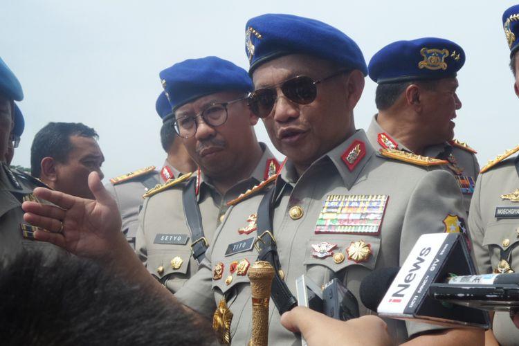 Kapolri Jenderal Pol Tito Karnavian di Mako Kepolisian Air dan Udara Polri, Tangerang Selatan, Selasa (5/12/2017).