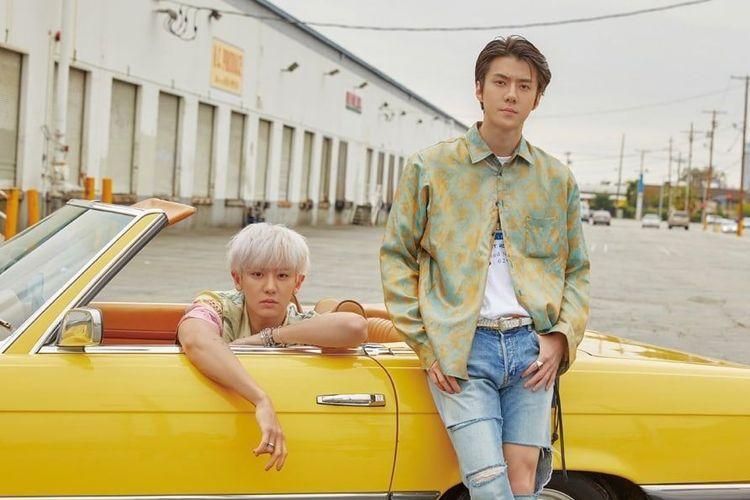 Unit terbaru boyband EXO, yakni EXO-SC yang terdiri dari Sehun (kanan) dan Chanyeol.