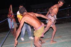 Duel 'Mana'tika', Pukau Turis Peserta Sail Komodo