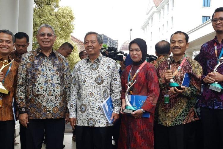 Pertagas menerima predikat emas dalam ajang PROPER yang diselenggarakan KLHK, di Istana Wakil Presiden, Rabu (08/1/2020).