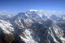 Salju Longsor di Everest Tewaskan Empat Orang