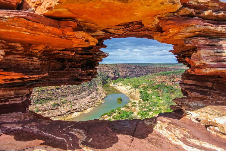 Lansekap Sungai Murchison di Kalbarri National Park, Australia Barat.