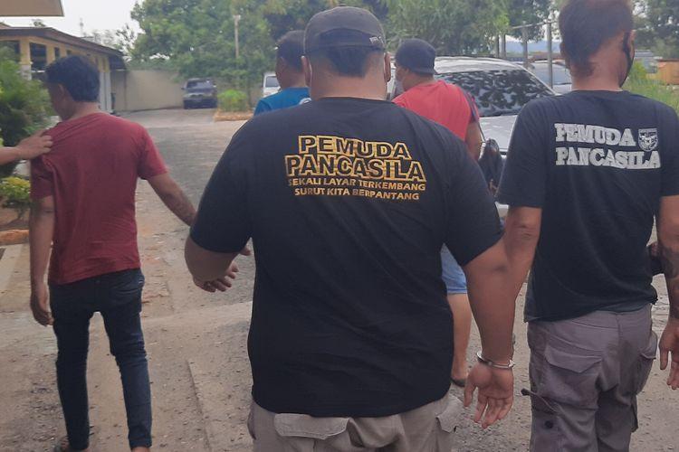 4 oknum pelaku premanisme di Pasar Jepon, ditangkap jajaran Satreskrim Polres Blora, Kamis (6/5/2021)