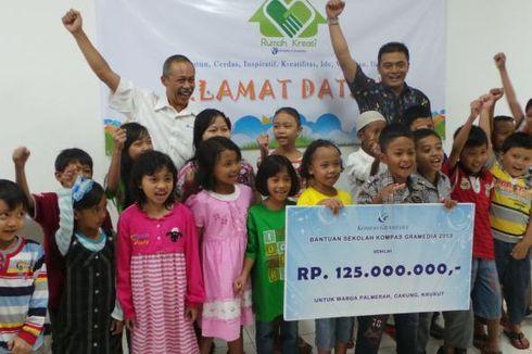 Kompas Gramedia Bantu Biaya Sekolah 250 Anak Tak Mampu di Jakarta