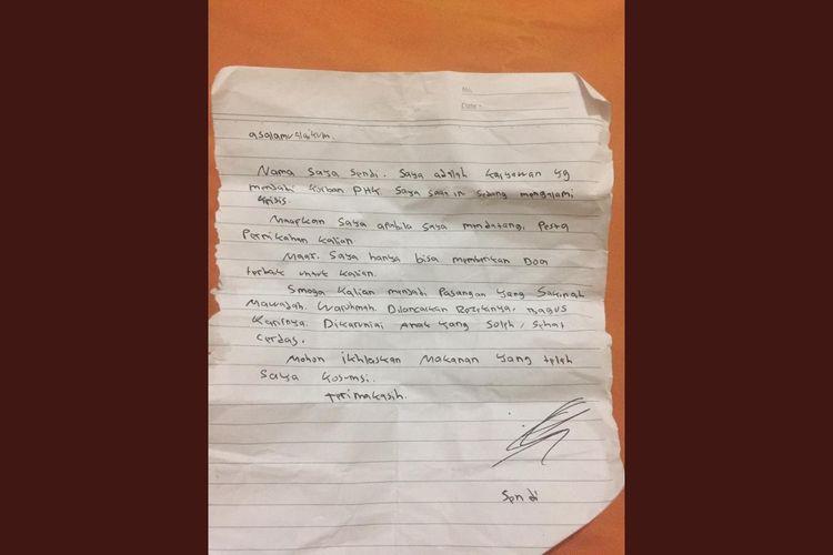 Surat pemintaan maaf yang disampaikan Sendi, korban PHK kepada mempelai.
