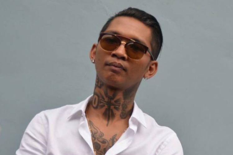 Young Lex diabadikan di Gedung Trans, Mampang, Jakarta Selatan, pada Selasa (2/5/2017).