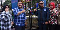 Hadiahkan Bus Wisata, Kang Emil Harap Wisata di Tasikmalaya Bangkit