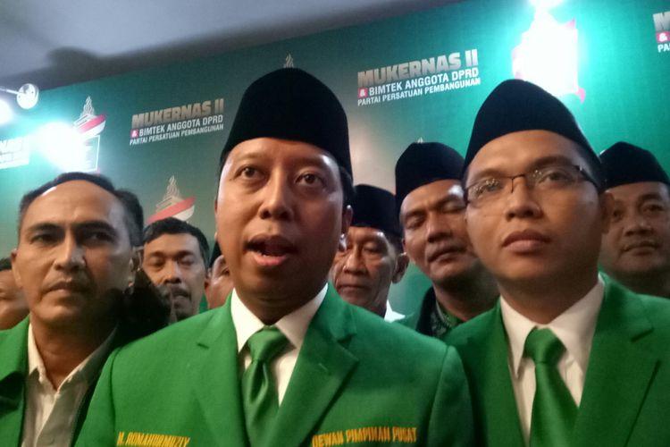Ketua Umum PPP Romahurmuziy usai membuka Mukernas di Hotel Mercure Ancol