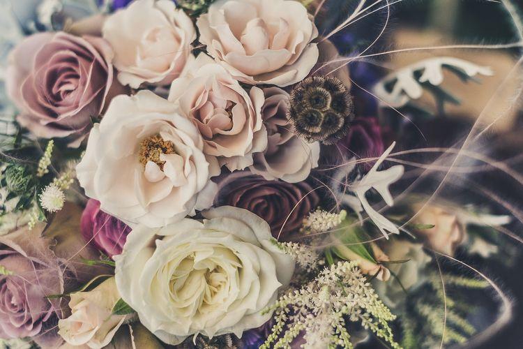 Ilustrasi buket bunga.