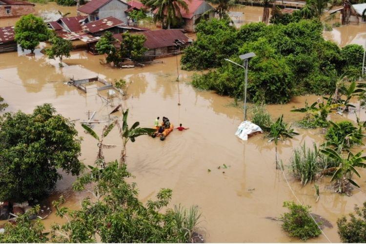 Kondisi banjir akibat luapan sungai di Pekanbaru menyebabkan pemukiman warga terendam banjir.Dok Pemprov Riau