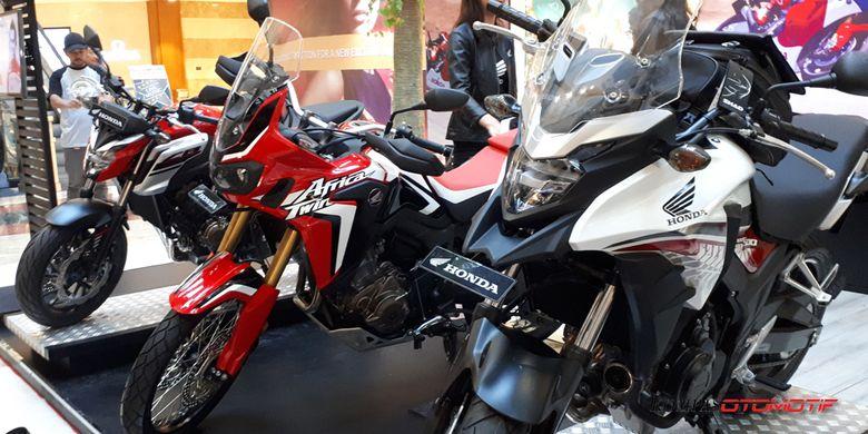 Pameran big bike Honda oleh Wahana Makmur Sejati (WMS) di Pondok Indah Mall 2