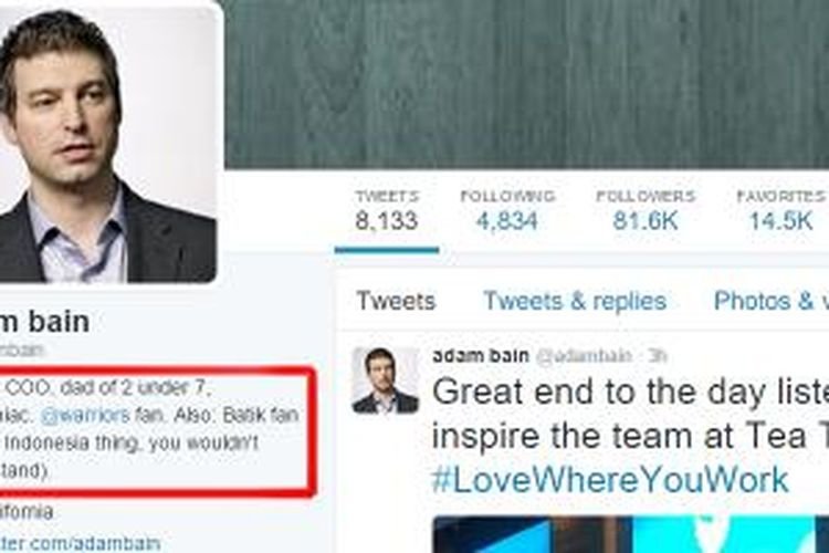 Biografi Twitter Adam Bain yang tertulis dirinya sebagai penggemar batik dari Indonesia.