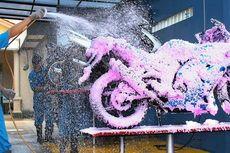 Ingat, Jangan Cuci Motor Pakai Sabun Cuci Piring