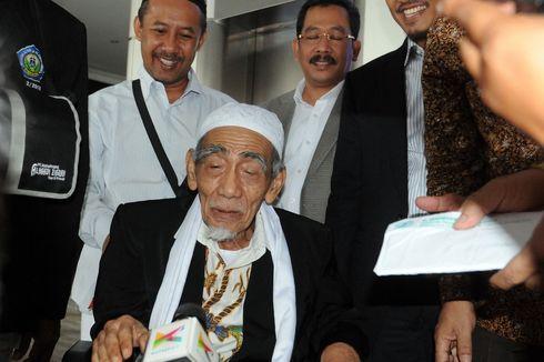 Kenang Kiai Maimun Zubair, Anies: Kalau Ketemu Mbah Moen Harus Makan Dulu...