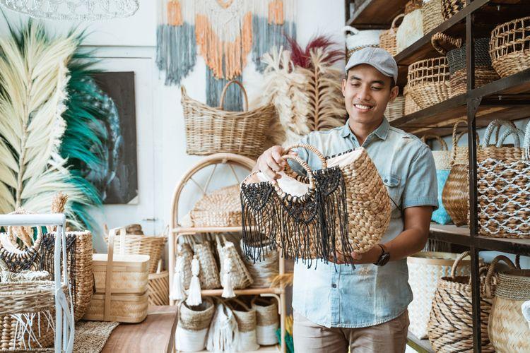 Ilustrasi kerajinan tangan asal Jogja, Solo, dan Semarang (Joglosemar).