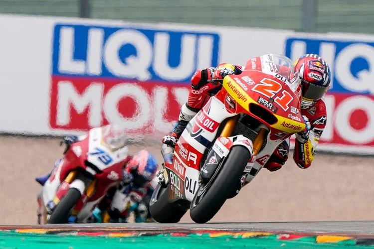 Pebalap Federal Oil Gresini Moto2 (FOGM2), Fabio Di Giannantonio, saat balapan pada Moto2 Jerman 2021