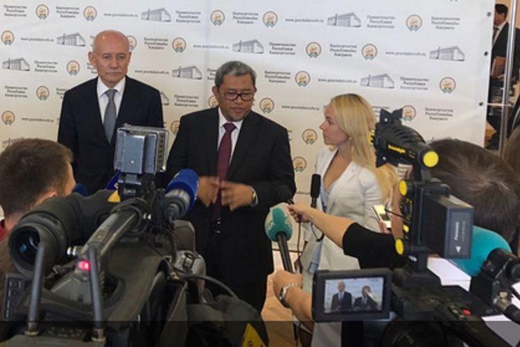 Gubernur Jawa Barat Ahmad Heryawan berencana mengadopsi teknologi pertanian dari Rusia. Heryawan berkunjung ke Bashkortostan, Rusia, pada awal Agustus 2017. Ia menyaksikan keberhasilan sistem pertanian di sana dan berencana menerapkannya di Jawa Barat.