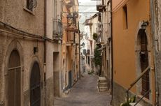 Ratusan Rumah di Italia Dijual dengan Harga 1 Euro atau Rp 16.567, Ini Alasannya