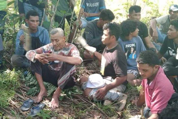 Rajuling Palirone (75) warga Drsa Buano, Kecamatan Huamual Belakang, Kabupaten Seram Bagian Barat, Maluku yang hilang di hutan selama tiga hari ditemukan warga, Rabu (26/5/2021)