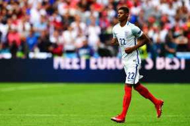 Aksi Marcus Rashford bersama tim nasional Inggris dalam pertandingan Grup B Piala Eropa 2016 melawan Wales di Stade Bollaert-Delelis, Lens, Jumat (16/6/2016).