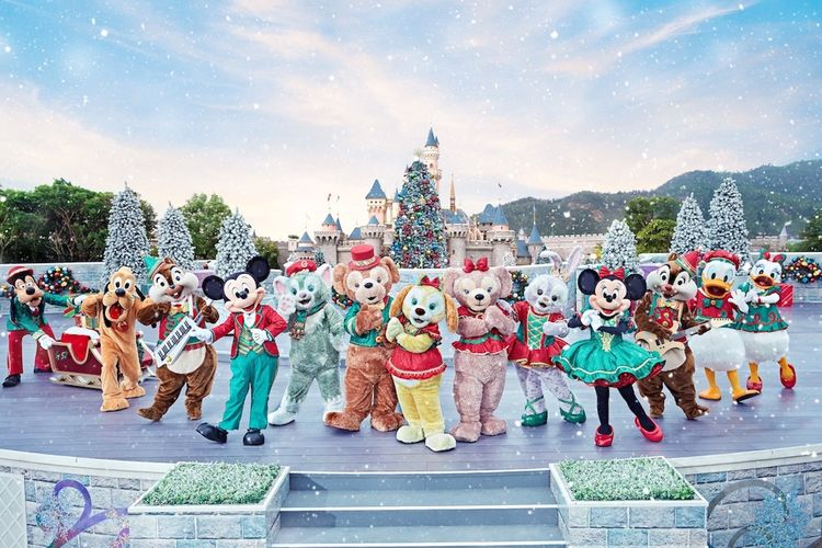Karakter Disney di Hong Kong Disneyland spesial edisi Natal