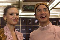 Datang ke FFI 2020 Kenakan Pakaian Adat, Daniel Mananta Puji Kecantikan Istrinya
