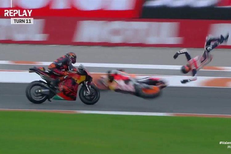 Alex Marquez mengalami highside besar pada sesi Q1 MotoGP Valencia, Sabtu (14/11/2020).