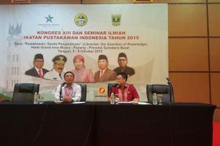 Ketua Umum PP Ikatan Pustakawan Indonesia Dedi Junaedi