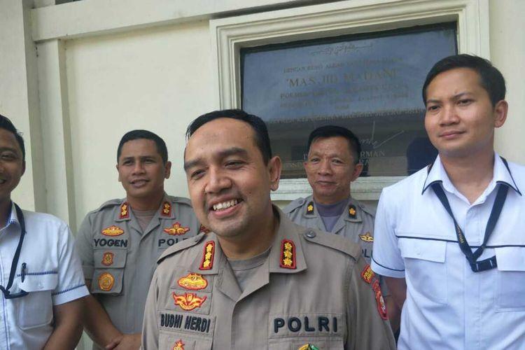 Kapolres Metro Jakarta Utara Kombes Budhi Herdi Susianto  memberi keterangan terkait kasus PSK di bawah umur di Kelapa Gading, Selasa (11/2/2020)