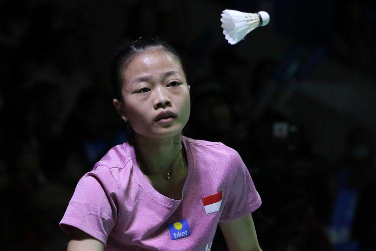 Pebulu tangkis tunggal putri Indonesia, Fitriani, saat tampil pada turnamen Indonesia Open 2019.