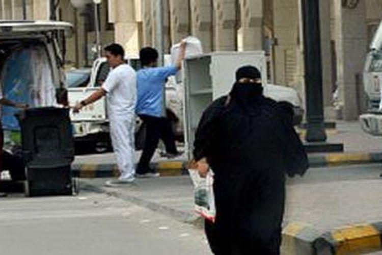 Arab Saudi untuk pertama kalinya menawarkan pemutihan kepada pekerja asing gelap.