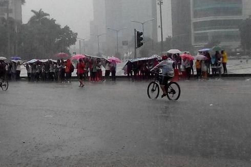 Hujan Deras, Warga Batal Olahraga di