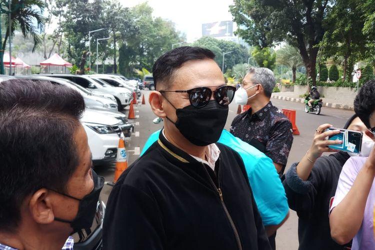 Lucky Alamsyah setelah jalani pemeriksa di Polda Metro Jaya, Jakarta Selatan, Kamis (17/6/2021).