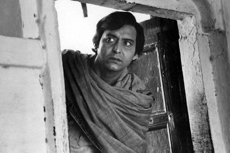Aktor bollywood, Soumitra Chatterjee meninggal dunia pada Minggu (15/11/2020)