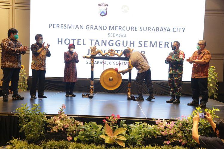 Wali Kota Surabaya Tri Rismaharini saat menghadiri acara pembukaan Hotel Tangguh Semeru di Hotel Mercure Surabaya, Jumat (6/11/2020).