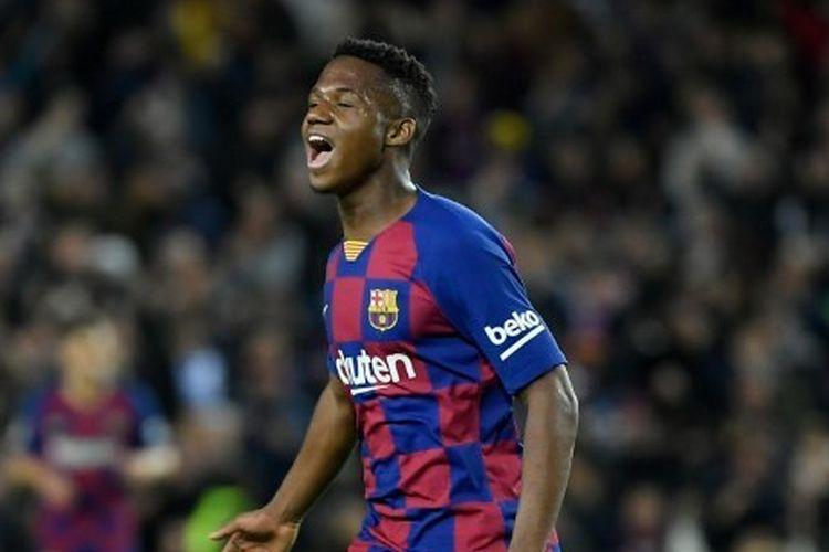 Pemain Barcelona, Ansu Fati, ketika menjadi bintang pada laga kontra Levante, Senin (3/2/2020) dini hari WIB.