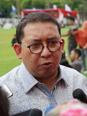 Anggota Dewan Pengarah Badan Pemenangan Nasional pasangan Prabowo Subianto-Sandiaga Uno (BPN) Fadli Zon saat ditemui di Kompleks Parlemen, Senayan, Jakarta, Senin (11/2/2019).
