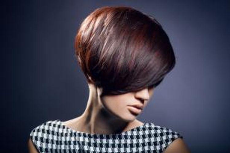 Wanita Tampak Lebih Muda Dengan Rambut Gaya Bob