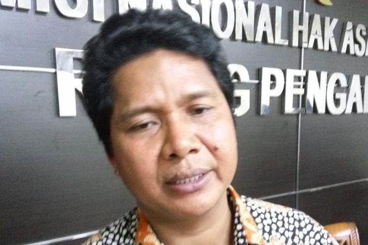 Ketua Komisi Nasional Hak Asasi Manusia (Komnas HAM) Imdadun Rahmat menanggapi pertanyaan dari awak media di Komnas HAM, Jakarta, Selasa (10/1/2017).